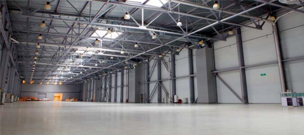 Soluciones de alumbrado led para naves industriales - Lamparas de bodega ...